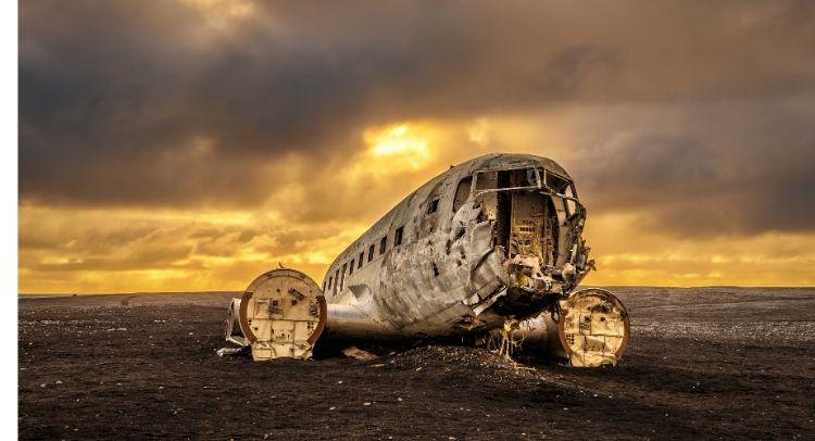 Avion Solheimasandur Islande